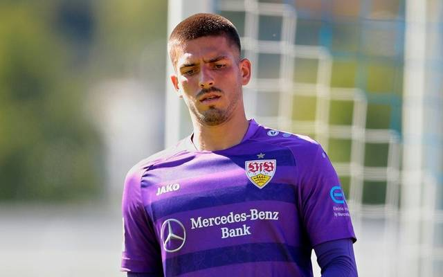 Der VfB Stuttgart verlängert mit Fabian Bredlow