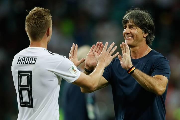 Joachim Löw hat den Kader für die Spiele in der EM-Qualifikation gegen Weißrussland und Nordirland bekannt gegeben. Mit dabei sind drei Rückkehrer, die ihre Verletzungen überstanden haben