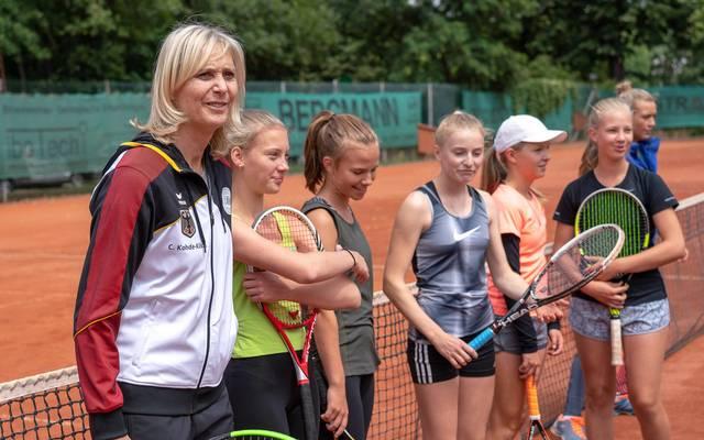 Claudia Kohde-Kilsch (l.) arbeitet nach ihrer Karriere als Tennis-Trainerin