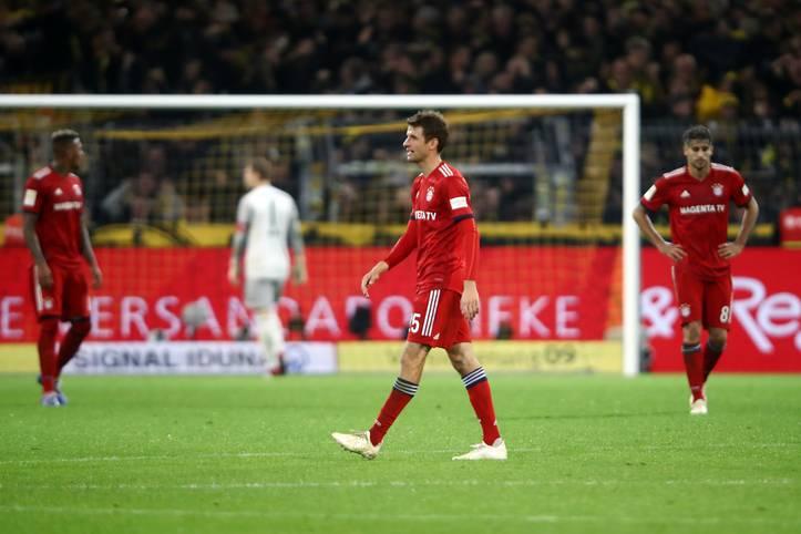 Platz fünf nach elf Spieltagen - schlechter war man beim FC Bayern zuletzt in der Spielzeit 2010/11 gestartet. Und obwohl man beim Gipfeltreffen in Dortmund einen klaren Aufwärtstrend erkennen konnte, ...
