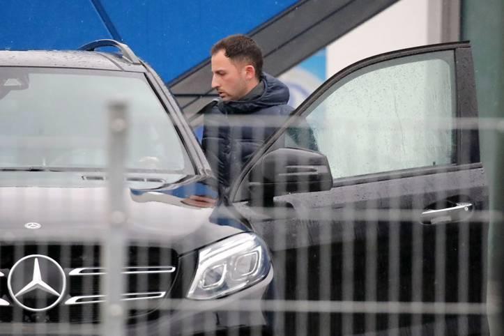 Domenico Tedesco hat einen neuen Arbeitgeber gefunden. Nach SPORT1-Informationen befindet sich der ehemalige Schalke-Coach in Moskau, um einen Vertrag bei Spartak zu unterschreiben