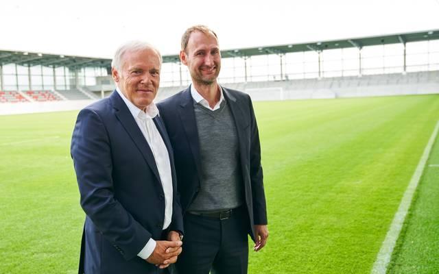 Seit 2017 leitet Jochen Sauer (r.) gemeinsam mit Hermann Gerland den Bayern-Campus