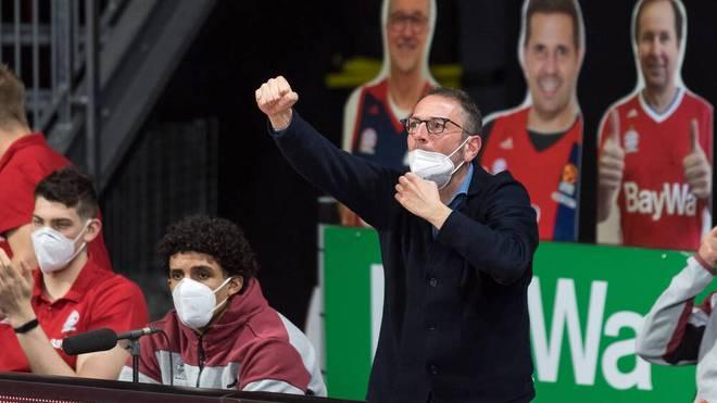 Auch Bayern-Sportdirekto Daniele Baiesi ist wütend