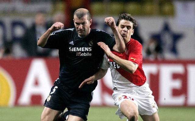 Jérôme Rothen (r.) traf mit AS Monaco auf Real Madrid um Zinédine Zidane