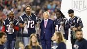 Julian Edelman und andere frühere Spieler der Patriots vor dem Eröffnungsspiel.