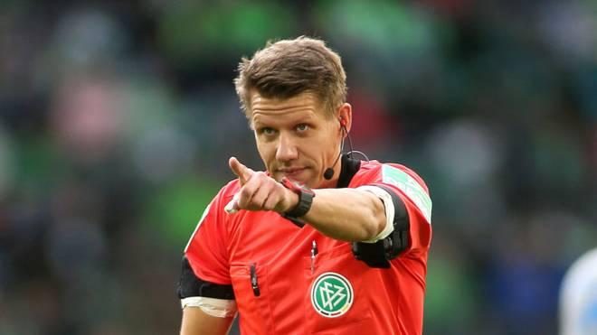 Patrick Ittrich pfeift in der 1. und 2. Bundesliga