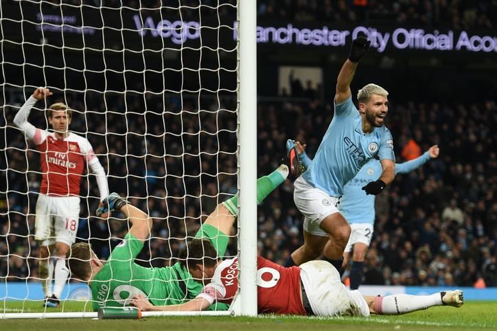 Eins, zwei, drei: Sergio Agüero hat es wieder getan. Beim 6:0 von Manchester City gegen den FC Chelsea erzielte der argentinische Stürmer drei Treffer