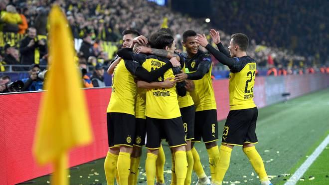 Borussia Dortmund feiert den 3:2-Erfolg gegen Inter Mailand in der Champions League