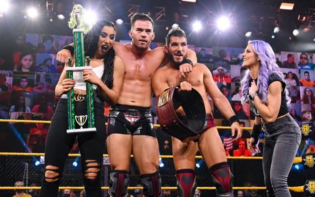 Austin Theory (2.v.r.) ist bei WWE NXT nun Teil der Gruppierung The Way