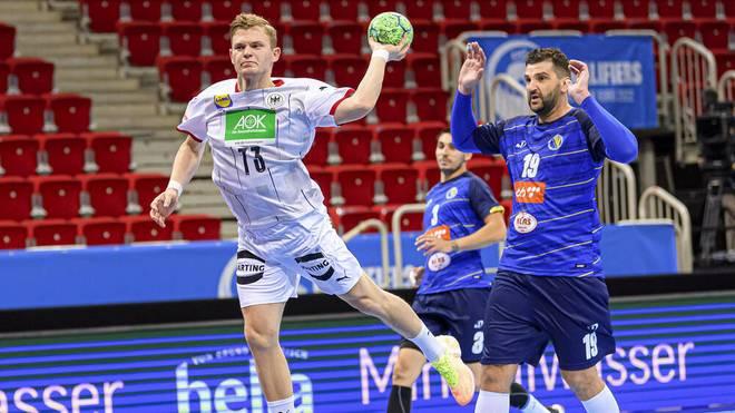 Timo Kastening (am Ball) gewann mit der Nationalmannschaft den Auftakt der EM-Quali