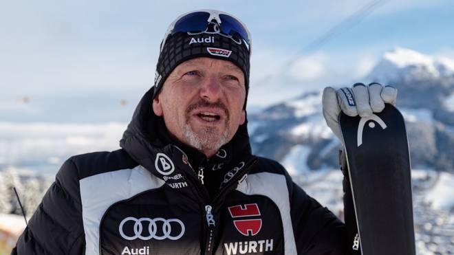 Ex-Ski-Bundestrainer Mathias Berthold  soll Nürnbergs Fußballer auf Trab bringen