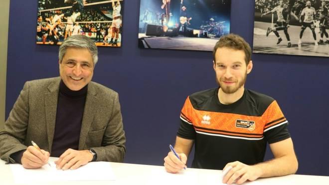 Denys Kaliberda unterschrieb in Berlin