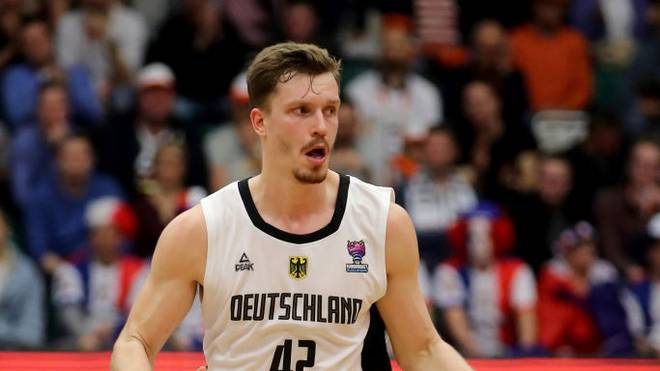 Die deutschen Basketballer um Topscorer Andreas Obst haben gegen Großbritannien verloren
