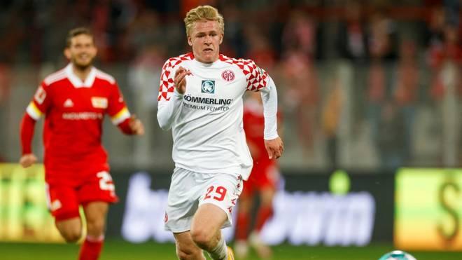 Jonathan Burkardt bleibt Mainzer
