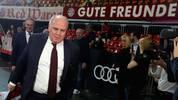 Uli Hoeneß und Karl-Heinz Rummenigge (l.) bekamen auf der Bayern-JHV Gegenwind