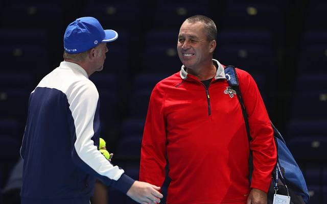 Boris Becker (l.) und Ivan Lendl (r.) geben Trainingsstunden für den guten Zweck