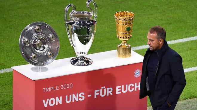 Hansi Flick winkt im Supercup gegen den BVB der nächste Titel
