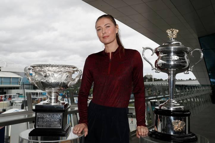 Weltranglistenerste, fünfmalige Grand-Slam-Gewinnerin, Dopingsünderin, Glamour Girl: Maria Sharapova, über ein Jahrzehnt lang eine der schillerndsten Persönlichkeiten im internationalen Tennis, beendet ihre Karriere