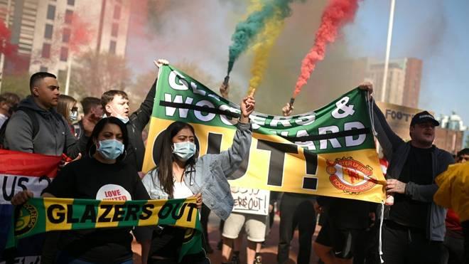 Proteste gegen Joel Glazer und die Super League