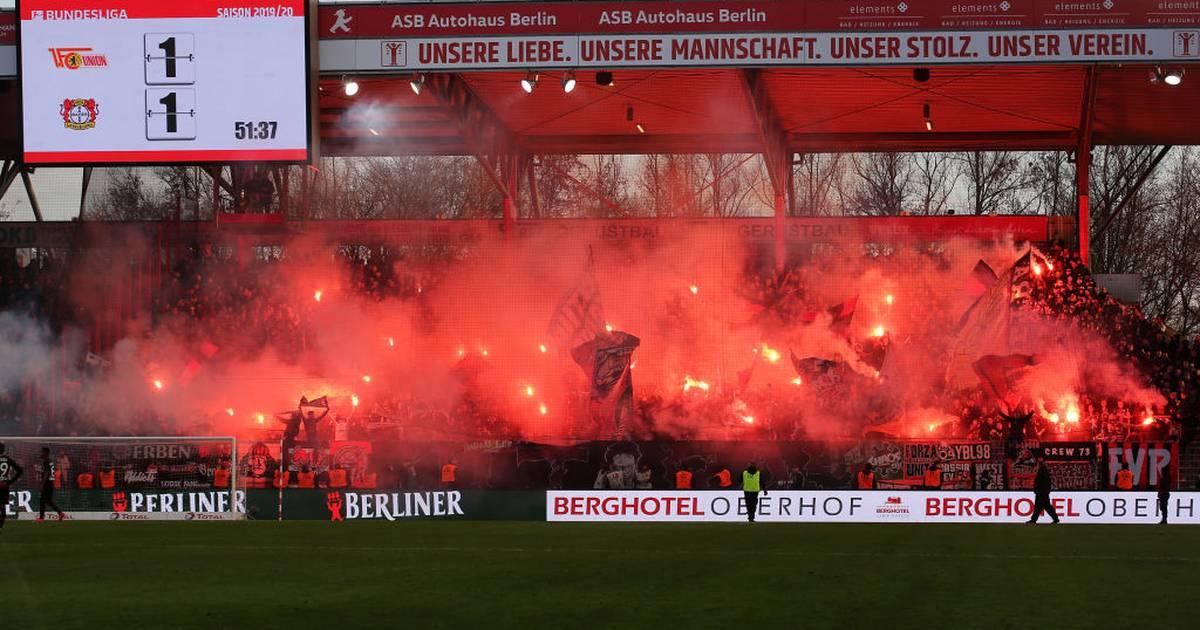 Neue Studie: 75 Prozent der Fans lehnen Pyrotechnik ab