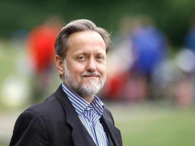 Soziologe Robert Gugutzer, Professor an der Goethe-Universität in Frankfurt am Main leitet dort die Abteilung Sozialwissenschaften des Sports