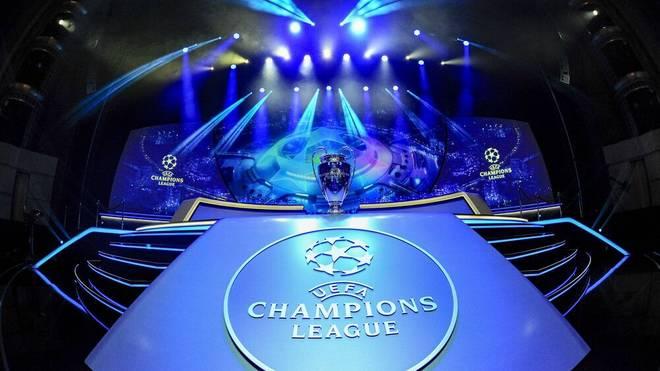 Vor der im TV ausgestrahlten Auslosung führt die UEFA eine Probeauslosung durch
