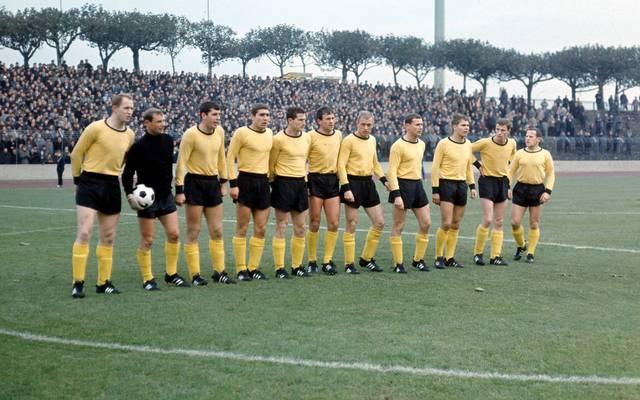 Borussia Dortmund spielt schon seit etlichen Jahren in Schwarz-Gelb. Aber das war nicht immer so