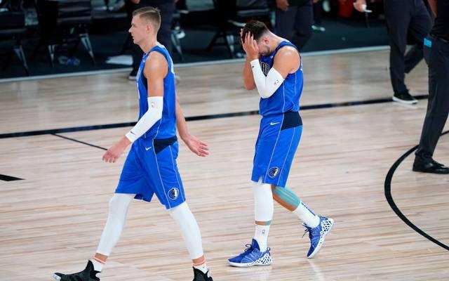Kristaps Porzingis (l.) und Luka Doncic sind die größten Stars der Dallas Mavericks