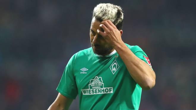 Werder-Angreifer Claudio Pizarro hat sich im Training eine Verletzung zugezogen