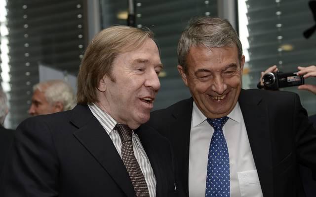 Der ehemalige Infront-Mitarbeiter Günther Netzer (links) soll den ehemaligen DFB-Präsidenten auf eine Luxusjacht eingeladen haben