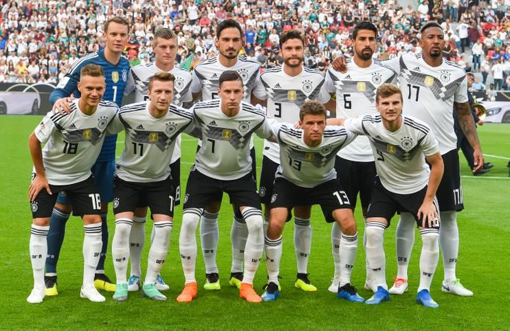 Bei der WM-Generalprobe trifft das DFB-Team auf Saudi-Arabien - und rumpelt sich am Ende zu einem wenig glanzvollen 2:1-Sieg. Die SPORT1-Einzelkritik