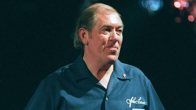 John Lowe warf den ersten TV-Neun-Darter der Geschichte