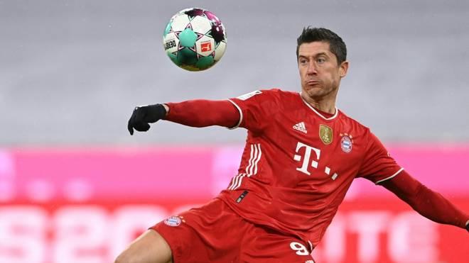 Lewandowski schießt nach Gerd Müller die meisten Tore
