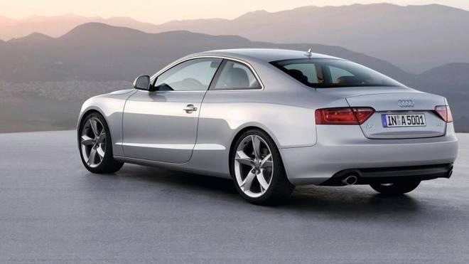 Audi A5 in silber-metallic
