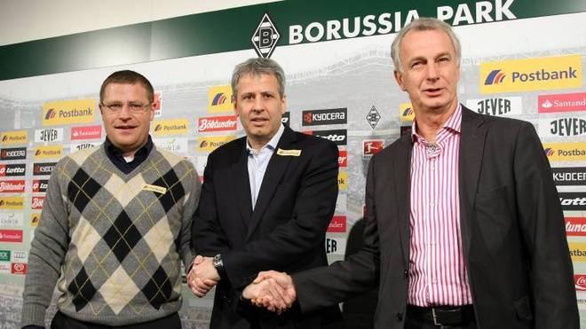 Lucien Favre (M.) wurde am 14. Februar 2011 als neuer Trainer vorgestellt