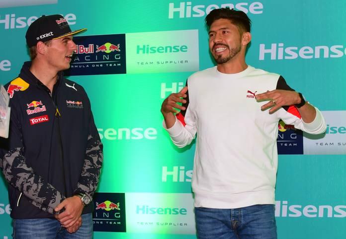 Die Formel 1 gastiert in Mexiko! Max Verstappen nutzt die Gelegenheit zum Gespräch mit Fußballer Oribe Peralta. SPORT1 zeigt die besten Bilder der Trainings und vom Qualifying in Mexiko