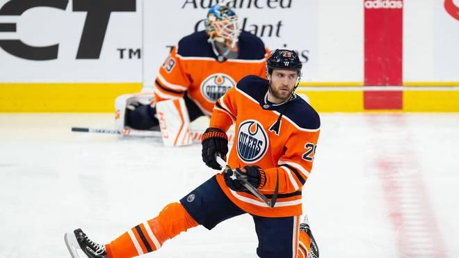 Leon Draisaitl führt die NHL-Scorerliste souverän an