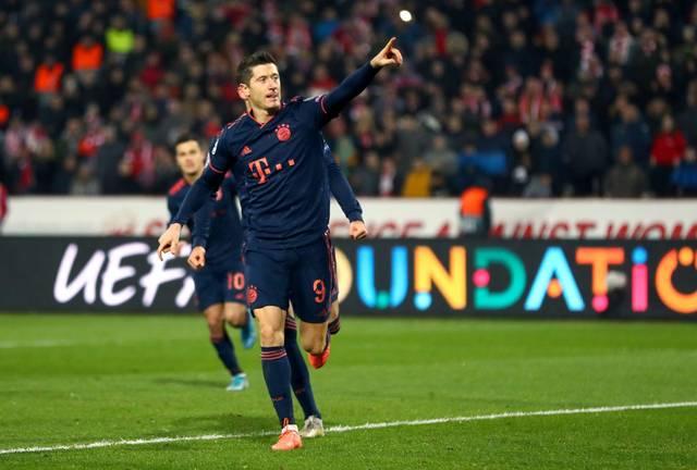 Ronaldo Messi Lewandowski Und Co Ewige Torjager Der