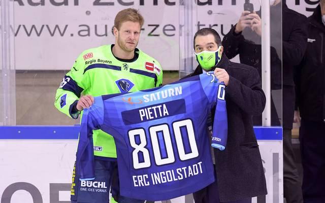 Daniel Pietta wurde vor dem Spiel geehrt