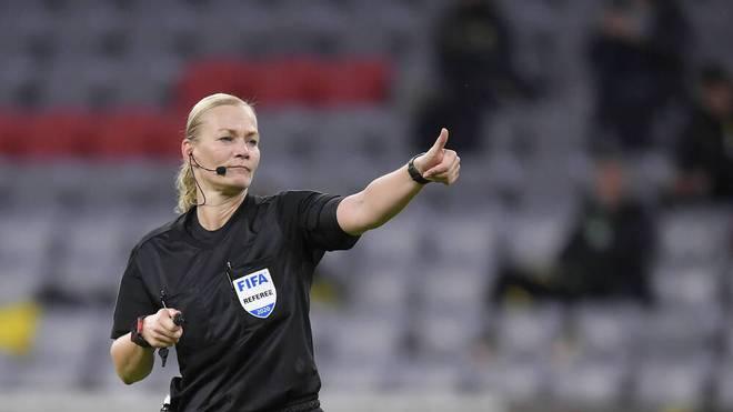 Bibiana Steinhaus hat sich als Feld-Schiedsrichterin zurückgezogen