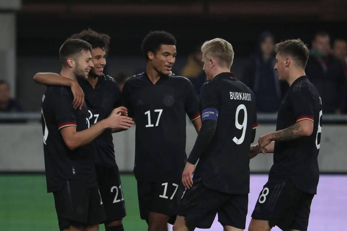 Die deutsche U21-Nationalmannschaft hat ihrem neuen Cheftrainer Antonio Di Salvo den zweiten Sieg im zweiten Spiel beschert.