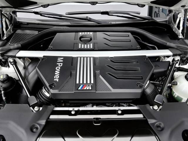 Kräftiger Motor: Der X3M wird von einem Turbo-Reihensechszylinder angetrieben, der im Competition 375 kW/510 PS stark ist