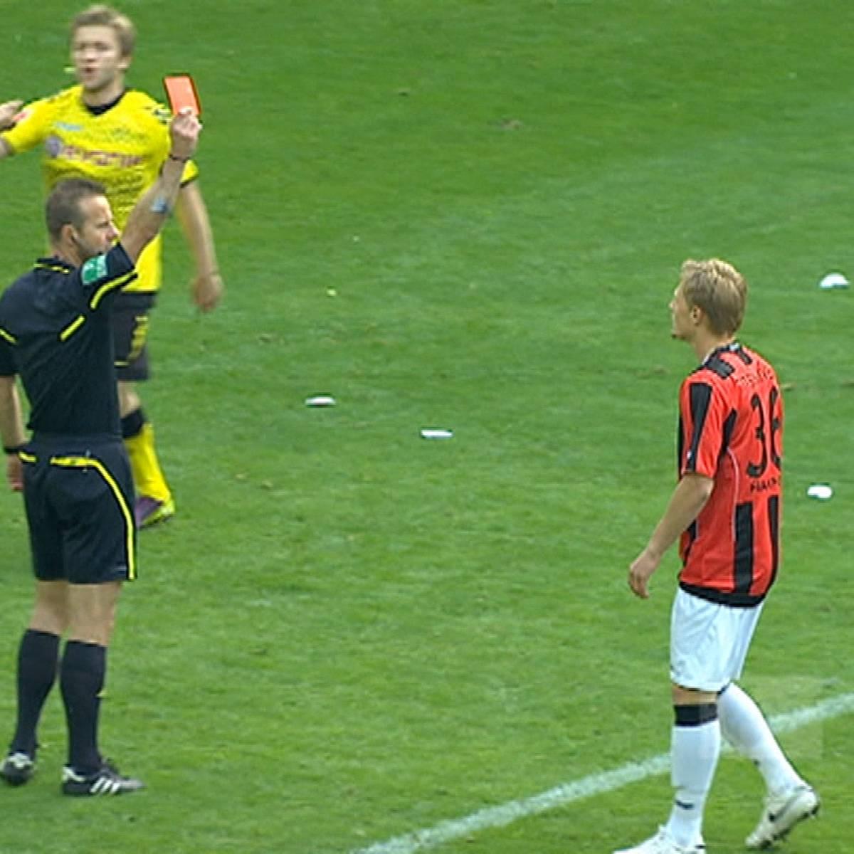 Rekord-Rot! Eintracht-Talent fliegt nach 43 Sekunden