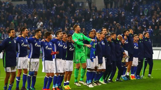 Schalke hat sich in der Liga auf Rang 14 hochgearbeitet