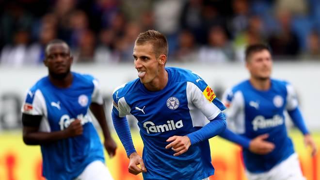 Holstein Kiel steht aktuell in der zweiten Bundesliga an der Tabellenspitze