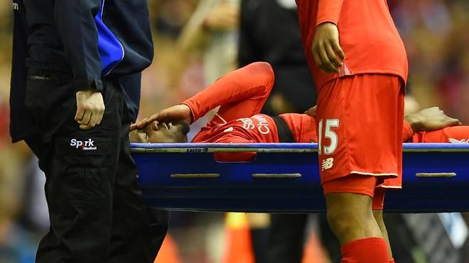Divock Origi vom FC Liverpool wurde von Ramiro Mori brutal gefoult