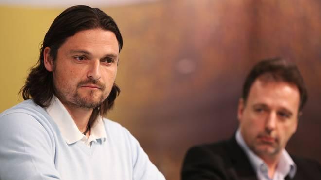 Lutz Pfannenstiel (l.) gilt als Weltenbummler des Fußballs