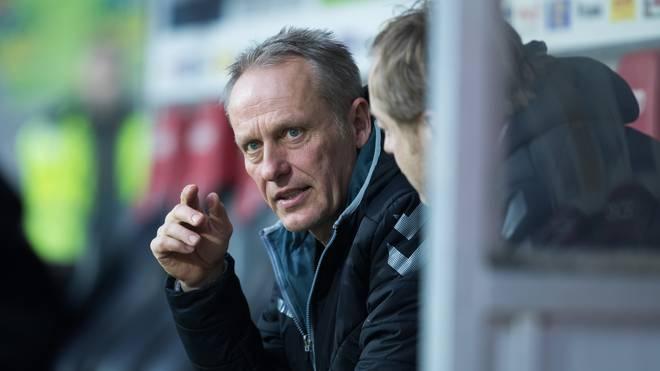 Christian Streich verpasste wegen eines Bandscheibenvorfalls den Bundesligastart mit dem SC Freiburg