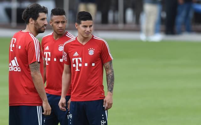 James Rodriguez (rechts) kehrt bei den Bayern ins Mannschaftstraining zurück