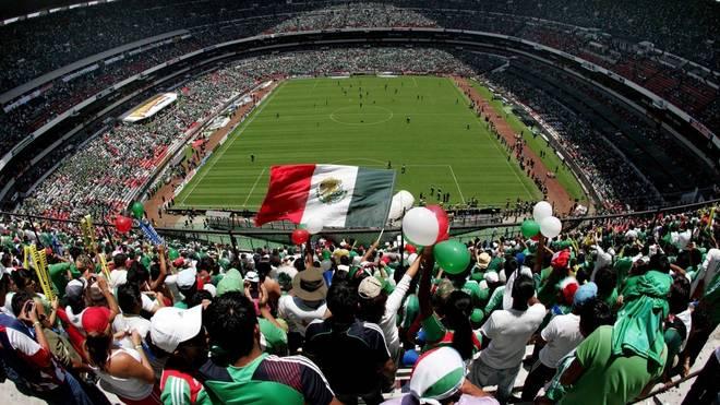 Das Aztekenstadion ist mit einem Fassungsvermögen von 95.500 Zuschauern das drittgrößte Fußballstadion der Welt